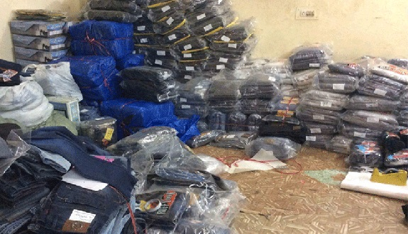 Airport Police Steals Thousands of Jeans, Sells Them in Local Markets in Pakistan